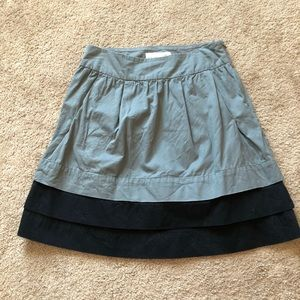 Gray and black high waisted skirt with pockets!